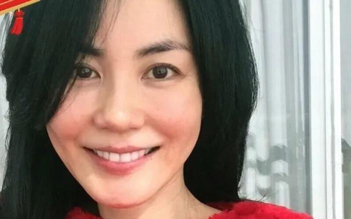Động thái đầu tiên gây chú ý của Vương Phi sau nghi vấn sinh con đầu lòng cho Tạ Đình Phong