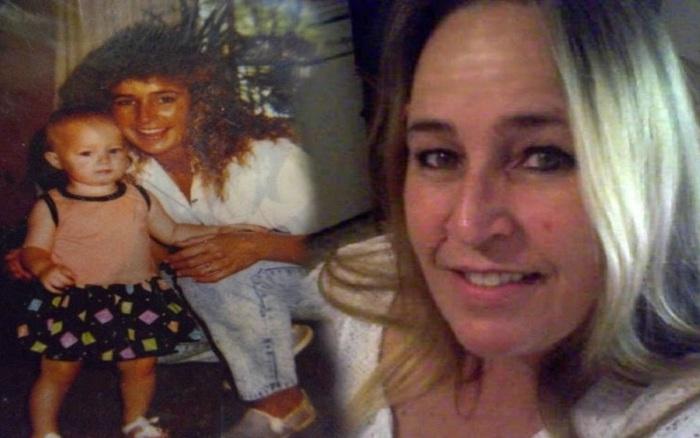 Chuẩn bị hồ sơ cho mẹ nhập viện, con gái phát hiện bí mật của bà rồi hoang mang không biết mình bị bắt cóc hay là con của chị gái