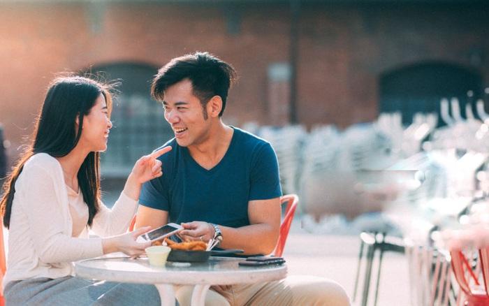 """""""Em muốn tự đi hay anh qua đón?"""" và những câu hỏi giúp phụ nữ nhận diện đàn ông galant trước buổi hẹn hò đầu tiên"""