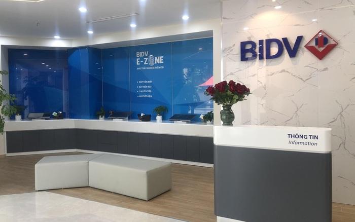 Trải nghiệm mô hình phòng giao dịch thông minh của BIDV