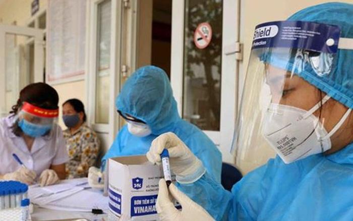 Thêm 02 người mắc COVID-19 mới, Việt Nam có 672 ca bệnh
