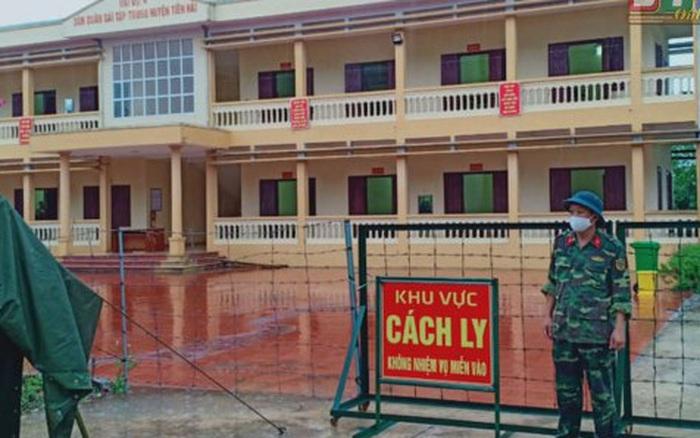 Hơn 200 trường hợp ở Thái Bình liên quan nhân viên xí nghiệp xe buýt Hà Nội mắc COVID-19