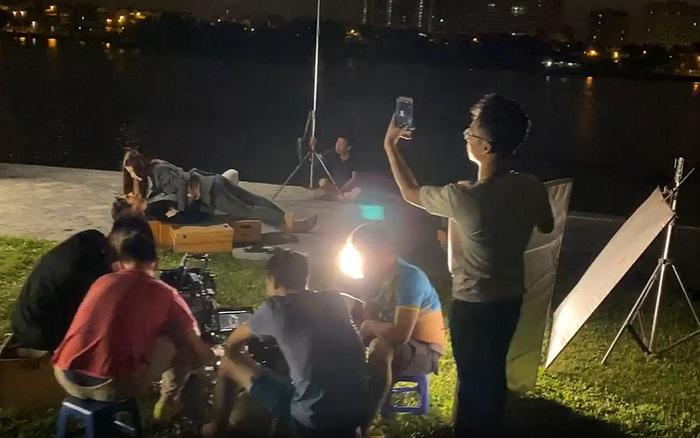 Tình yêu và tham vọng: Lại lộ clip hậu trường Diễm My 9x hôn Nhan Phúc Vinh khiến fan phải thốt lên