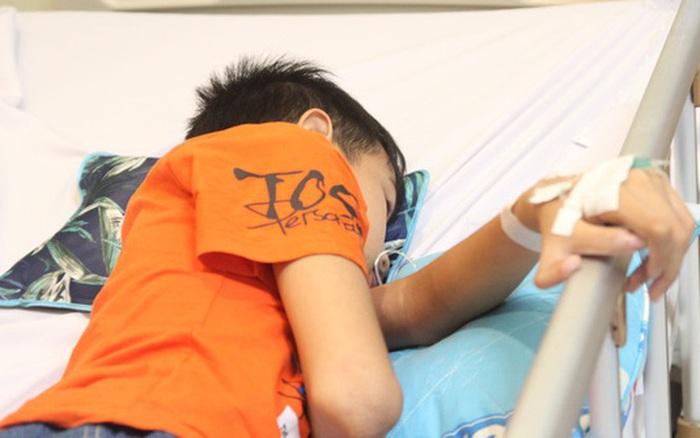 Trong 1 tháng tiếp nhận hơn 10 trẻ bị đuối nước, nhiều trường hợp tử vong thương tâm: Bác sĩ cảnh báo sự bất cẩn của người lớn