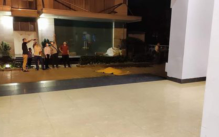 Hà Nội: Nam thanh niên rơi từ tầng 22 chung cư xuống đất tử vong tại chỗ lúc rạng sáng