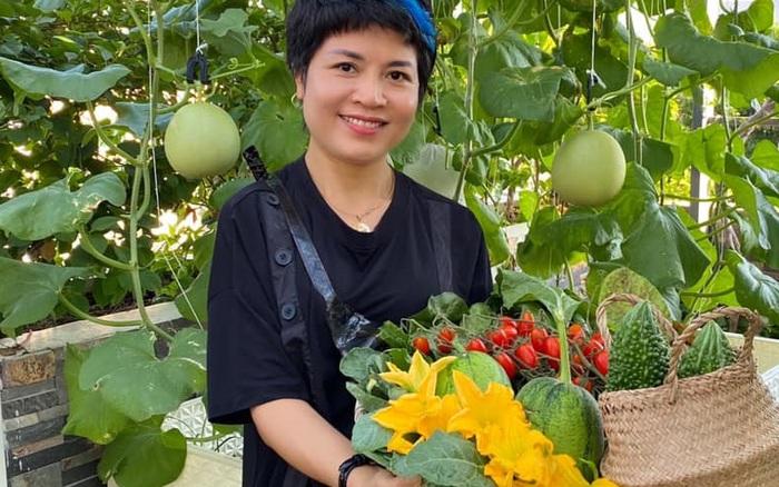 Choáng ngợp trước kinh nghiệm trồng cây nào bội thu cây ấy trên sân thượng của mẹ đảm ở Đà Nẵng