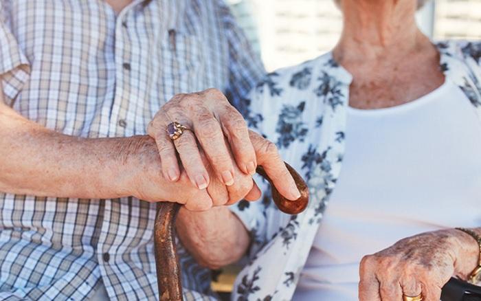 Loại gen này có thể là nguyên nhân khiến phụ nữ mắc bệnh Alzheimer thường sống lâu hơn nam giới