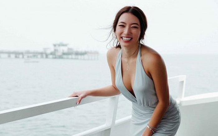 Con gái danh ca Thanh Hà khoe diện lại váy hàng hiệu của mẹ từ 18 năm trước nhưng lại gây bão vì body cực kỳ bốc lửa
