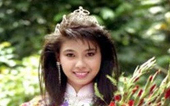 """Khoảnh khắc Hà Kiều Anh mặc áo tắm đăng quang ngôi vị Hoa hậu Việt Nam cách đây 28 năm khi mới tròn 16 tuổi """"hot"""" trở lại"""