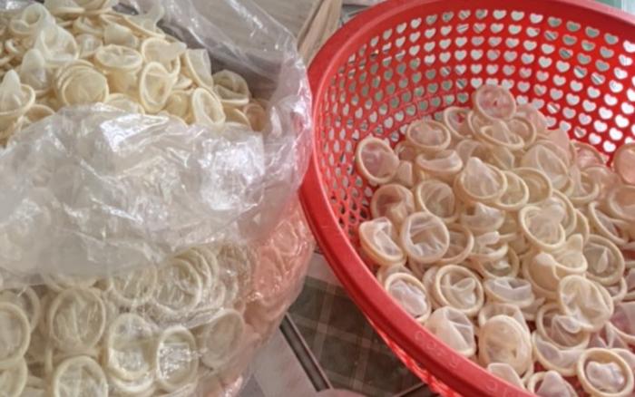 324.000 bao cao su cũ bị tái chế: Dùng bao cao su