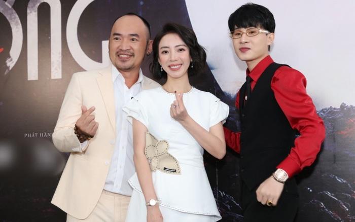 Hé lộ mối quan hệ của Thu Trang - Tiến Luật với Jack, còn đến mừng MV