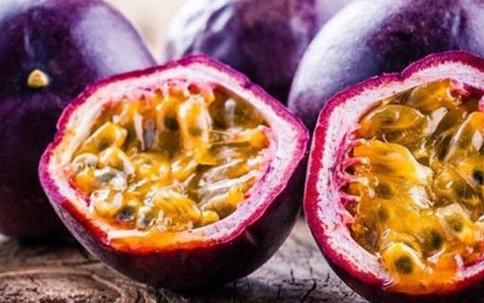 Dù 20, 30 hay 40 tuổi, phụ nữ cũng cần ăn ít nhất 1 loại quả này trong ngày để làm đẹp da, giải độc, chống lão hóa và sống thọ hơn
