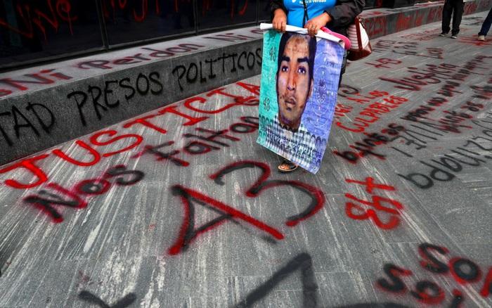 Mexico phát lệnh bắt giữ các đối tượng liên quan vụ 43 thực tập sinh mất tích