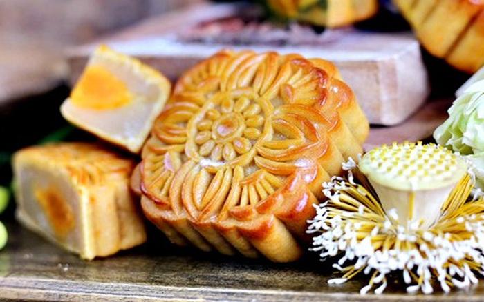 Rằm tháng 8 ai cũng chờ được ăn bánh Trung thu nhưng có mấy người biết về nguồn gốc và ý nghĩa hình dạng của những chiếc bánh nướng, bánh dẻo