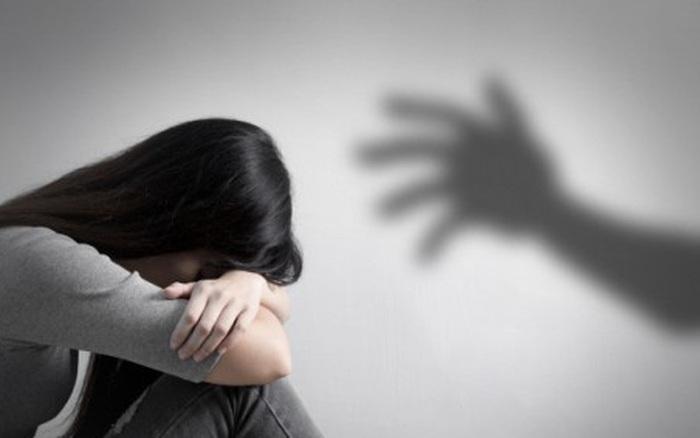 Bạn diễn Song Seung Hun bị điều tra vì hành vi cưỡng bức và gây thương tích cho một nữ diễn viên trẻ