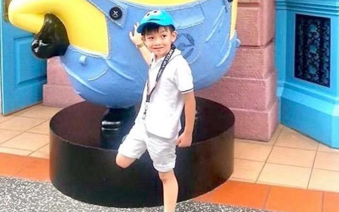 Hà Hồ tiết lộ ảnh Subeo lúc 5 tuổi, gương mặt như