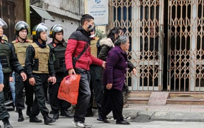Thái Bình: Cảnh sát ập vào triệt phá tụ điểm ma túy do cụ bà 75 tuổi cầm đầu