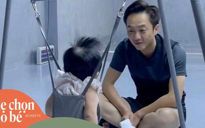 Số hưởng như Suchin nhà Đàm Thu Trang: Bố mẹ đẻ cưng chiều hết mực, còn có thêm mẹ nuôi tặng món quà cực xịn thế này