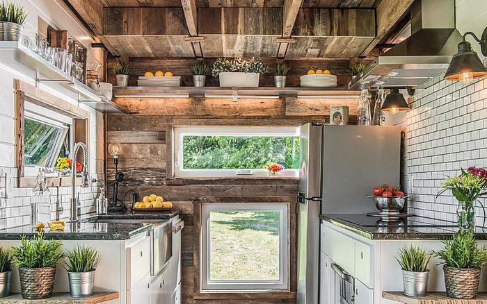 Cách lựa chọn ánh sáng thông minh mở rộng tối đa diện tích cho những căn bếp hẹp
