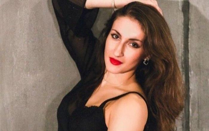 Nữ vũ công xinh đẹp chết tức tưởi vì 2 phát đạn vào ngực, cảnh hiện trường cùng danh tính thủ phạm khiến cảnh sát