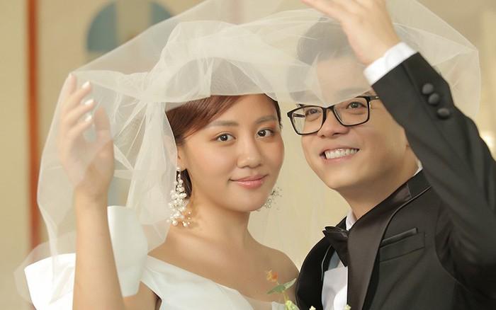 Trọn bộ ảnh cưới của Văn Mai Hương - Bùi Anh Tuấn nhưng lý do 2 người kết hôn mới gây ...