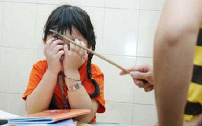 Viện Nhi khoa Hoa Kỳ nhận định: Trường học nên dùng các chiến lược kỷ luật thay vì ...