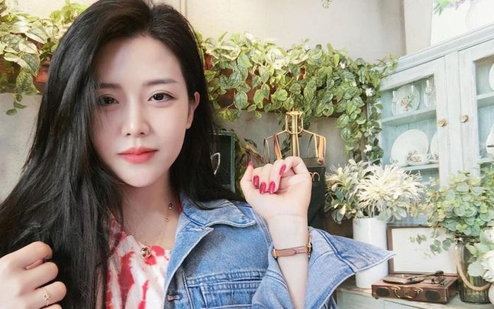 """Ông Thoại Liên - em gái Ông Cao Thắng gần 30 tuổi style cực """"xì tin"""""""