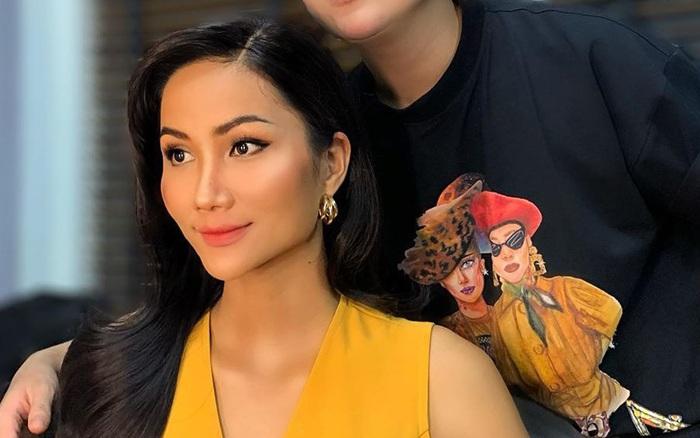 """Nổi tiếng là Hoa hậu """"mộc mạc"""", H'Hen Niê lần đầu gây tranh cãi với ..."""