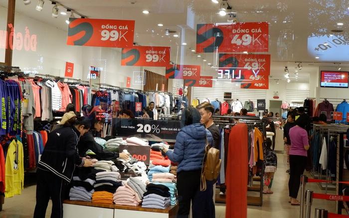 Không khí mua sắm ngày Black Friday bắt đầu nóng lên ở những ...