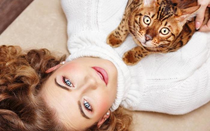 """Phụ nữ châu Á sốt với trào lưu chăm sóc da theo kiểu """"mèo ..."""