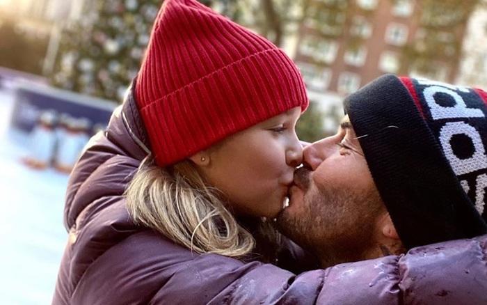 David Beckham tiếp tục công khai làm điều này cùng con gái ...