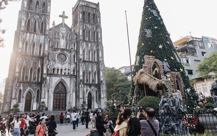 Noel 2019 cận kề, loạt địa chỉ trang trí hoành tráng như nhà thờ Lớn ...
