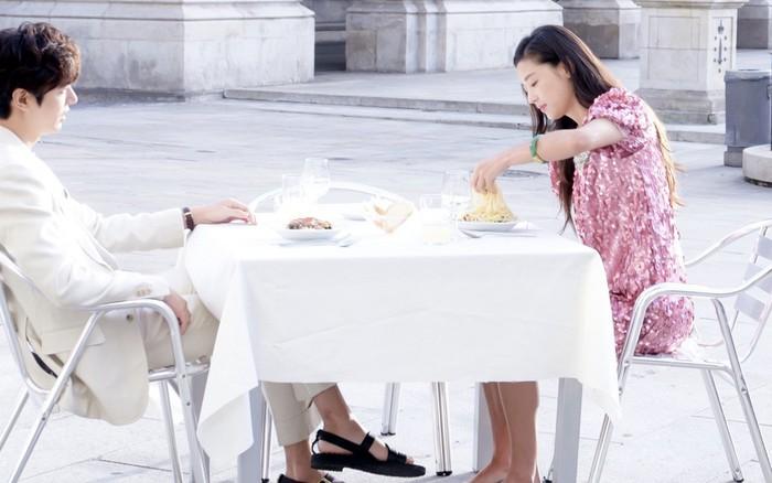 Xem lại những cảnh phim này của Lee Min Ho, các cặp đôi chỉ muốn sánh vai nhau ...