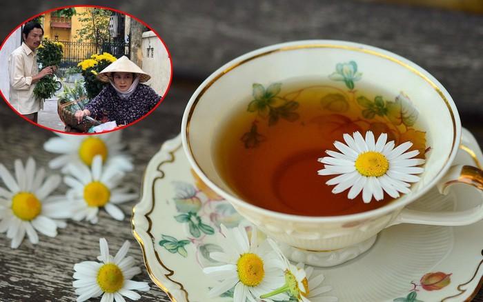 """""""Về nhà đi con"""": Cô Hạnh bán chục loại hoa nhưng bố Sơn chỉ mua hoa cúc hóa ra ..."""