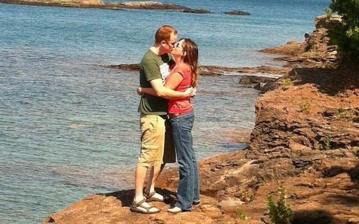 """Chuyện lạ có thật: Người đàn ông đang hấp hỗi bỗng """"hồi sinh"""" kỳ diệu nhờ 1 nụ hôn ..."""