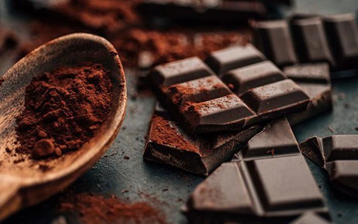 Mỗi ngày ăn 1 miếng socola đen: Cơ thể đón nhận 7 lợi ích, điều số 6 sẽ khiến chị em ...