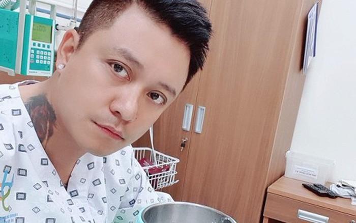 Tuấn Hưng phải nhập viện vì hở van tim