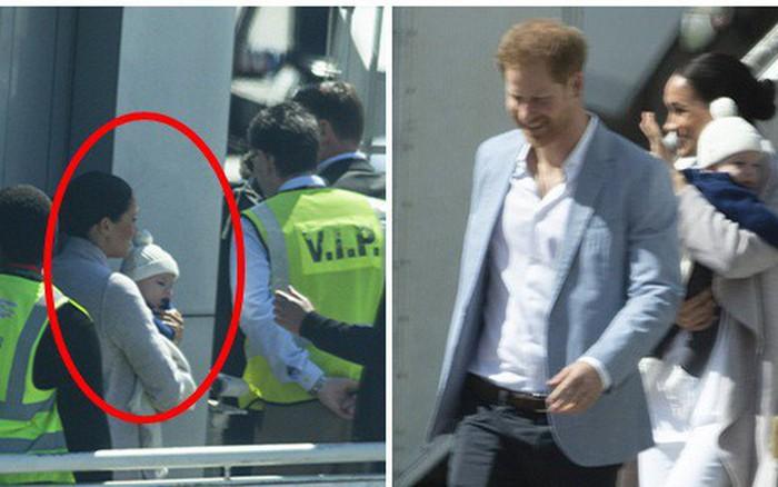 """Meghan Markle bế con trai xuất hiện tại sân bay, bắt đầu chuyến công du, """"ghi điểm"""" ..."""