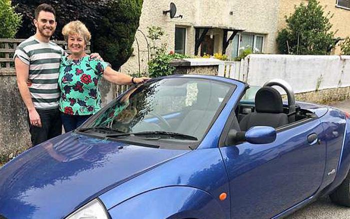 Mẹ cắn răng bán chiếc ô tô yêu quý giúp con trai ...