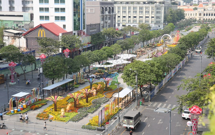 Chưa khai trương, đường hoa Nguyễn Huệ đã gây tò mò bởi thiết kế ...