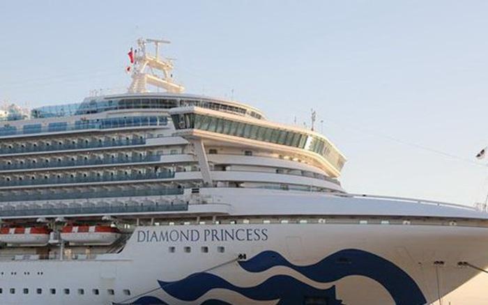 Thêm 99 người nhiễm COVID-19 trên du thuyền Diamond Princess